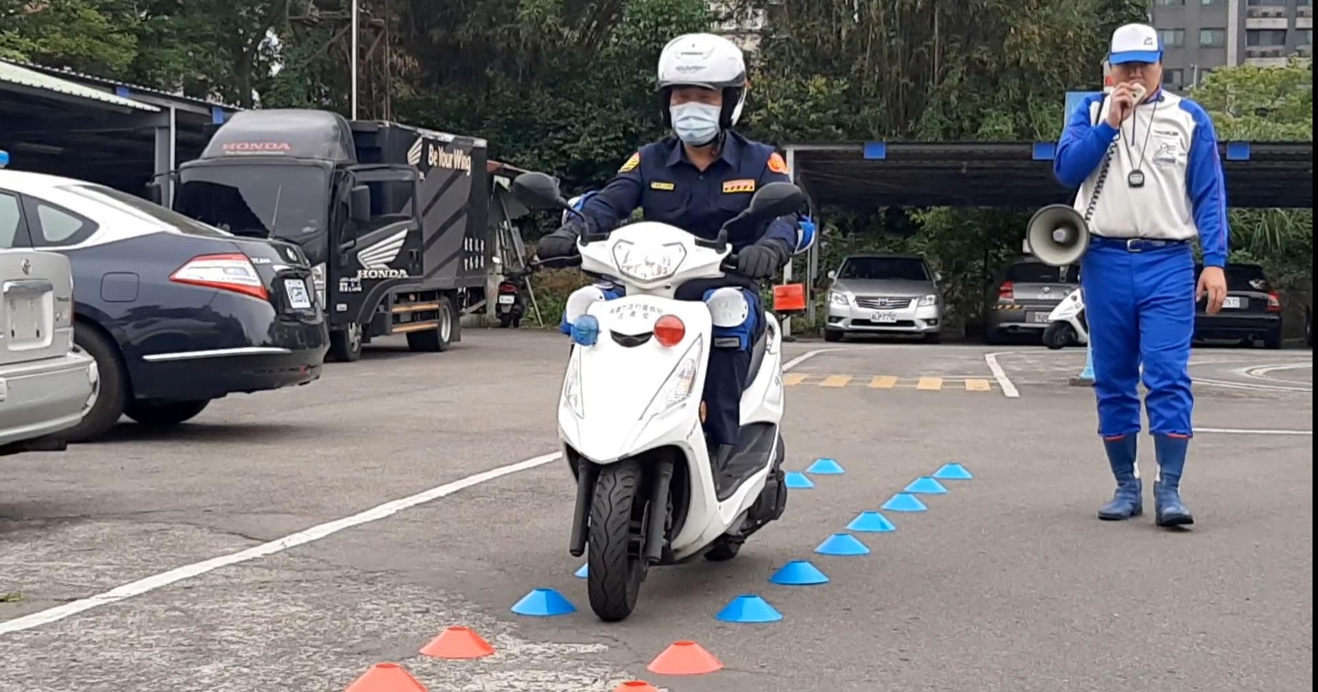 桃交警機車安駕訓 確保人員裝備執勤安全